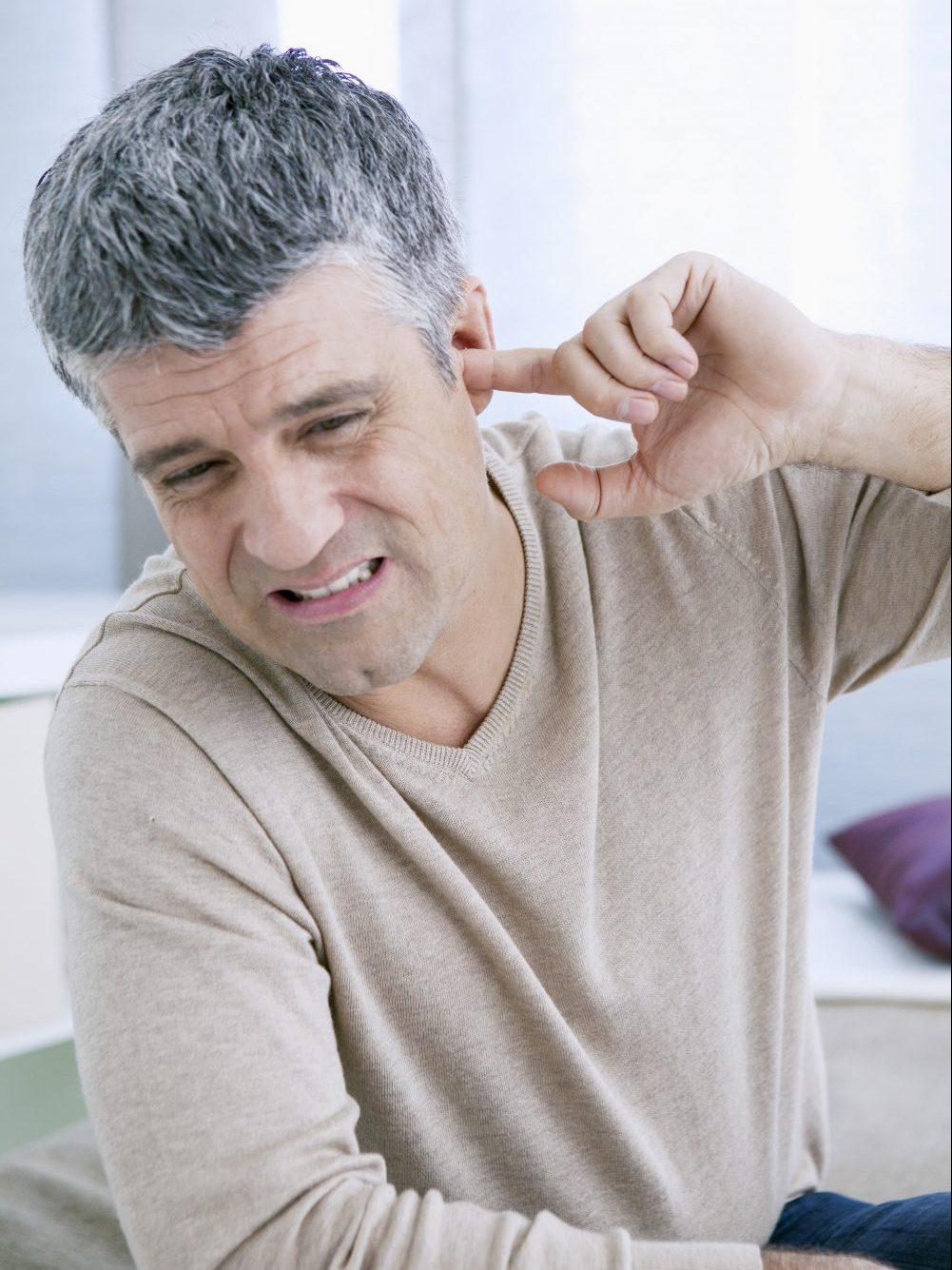 Tinnitus im Zusammenhang mit Flugangst